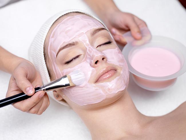 Körperkult, Kosmetik, Göttingen, Dauerhafte Haarentfernung, IPL, Micropigmentation, Nagelstudio, Spray Tanning, Zahnbleaching